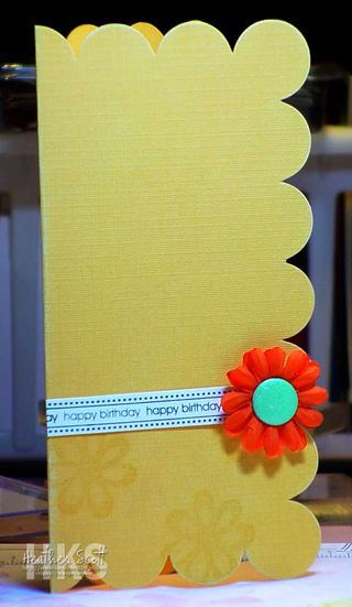 Scallop-edge-card